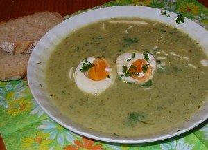 Gründonnerstags-Suppe (Soupe du Jeudi Saint) dans Unsere Rezepte (nos recettes) gruenesuppe