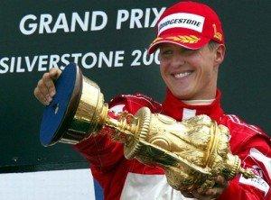 Michael Schumacher (champion de F1) dans Sport 361565_CM1MA5FL2W5NFMRPQD13JEOXKQLGPO_schu-pokal_H011721_L-300x222