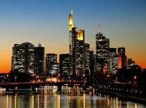 Hessen (Hesse) dans Die deutschen Bundesländer (les régions d'Allemagne) Skyline_frankfurt_main-300x221