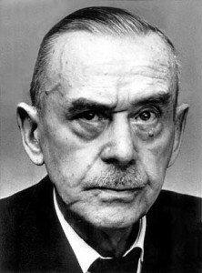 Thomas Mann (écrivain) dans Berühmte Persönlichkeiten (personnalités célèbres) Thomas-Mann-bigger-222x300