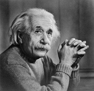Einstein (physicien) dans Berühmte Persönlichkeiten (personnalités célèbres) albert_einstein-300x292
