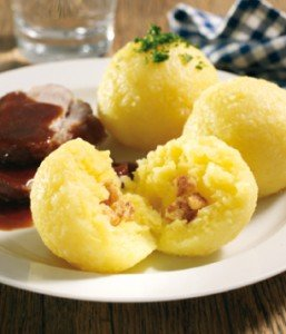 Klöße (boulettes de pomme de terre) dans Unsere Rezepte (nos recettes) ebe84c097e9b28c142f2c64cd75e0ac4_1_orig-257x300