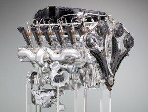 Ottomotor (moteur otto - moteur à 4 temps) dans Erfindungen (inventions) bmw-v12-10-300x227
